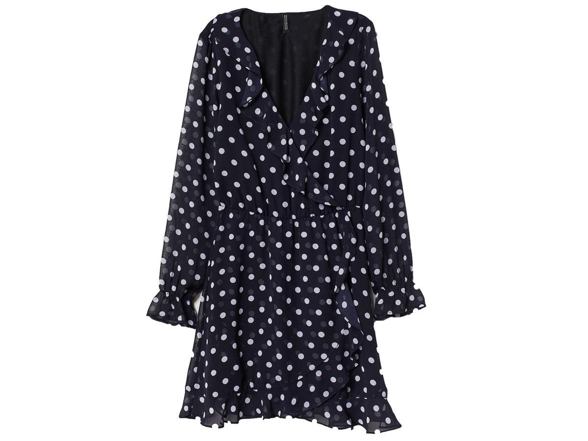 Kopertowa sukienka w grochy, H&M, cena ok. 99,99 zł