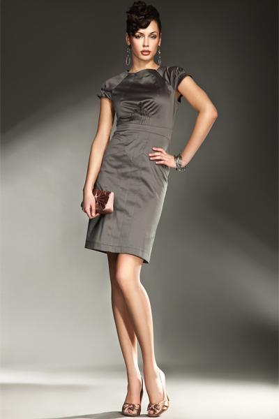 popielata sukienka wieczorowa Nife satynowa