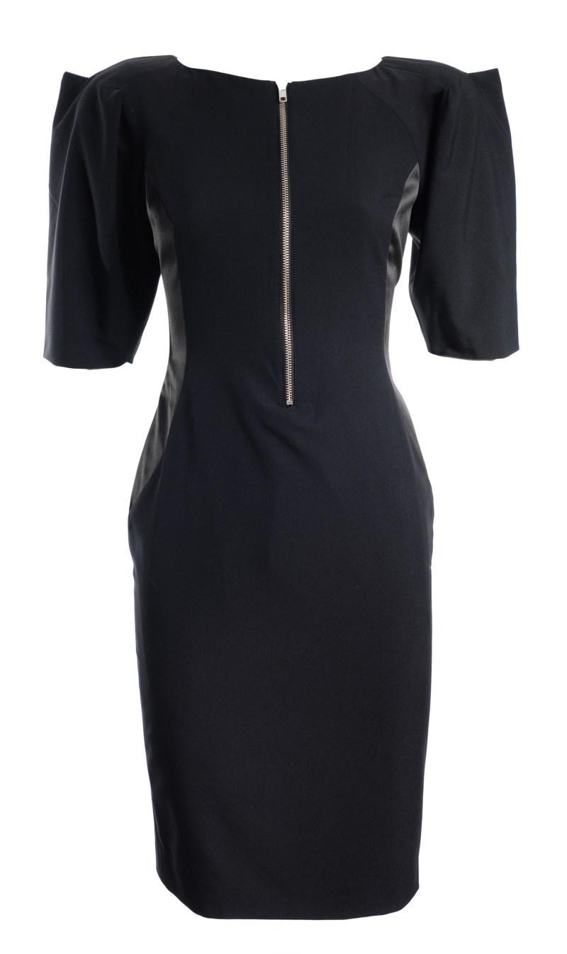 czarna sukienka z bufkami i widocznym zamkiem Simple - jesień/zima 2010/2011