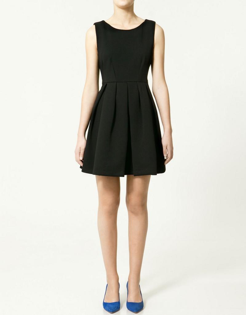 czarna sukienka ZARA - moda 2011