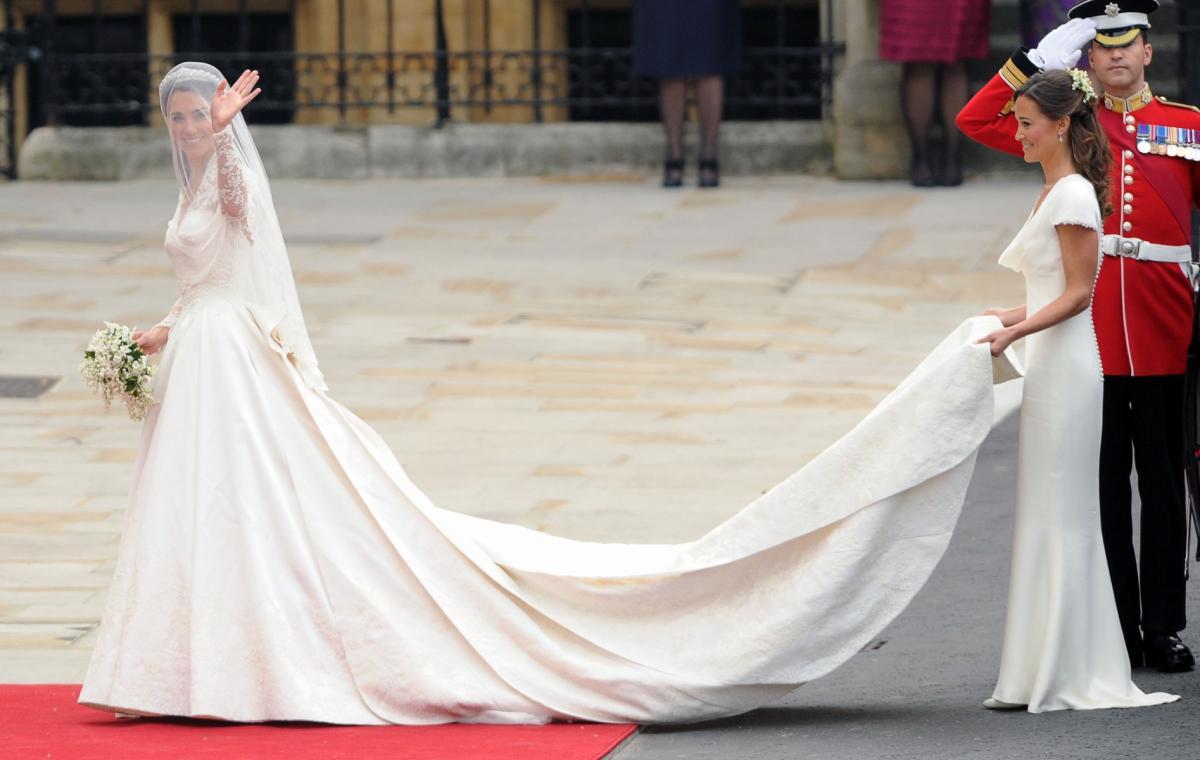 Suknia ślubna Meghan Markle Porównanie Z Suknią Kate Middleton