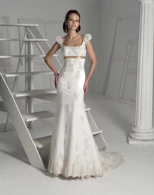 Suknie ślubne Fara Sposa 2009 - Zdjęcie 5