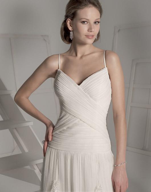 Suknie ślubne Fara Sposa 2009 - Zdjęcie 36