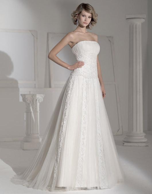 Suknie ślubne Fara Sposa 2009 - Zdjęcie 52