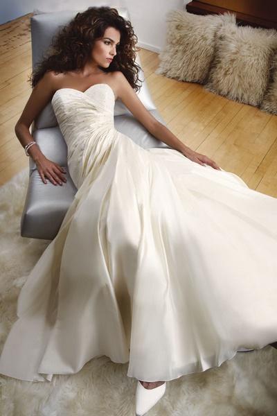 Suknie ślubne kolekcja Demetrios 2007 - zdjęcie