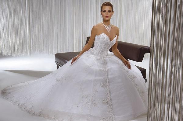 Suknie ślubne kolekcja Demetrios 2007 - Zdjęcie 8