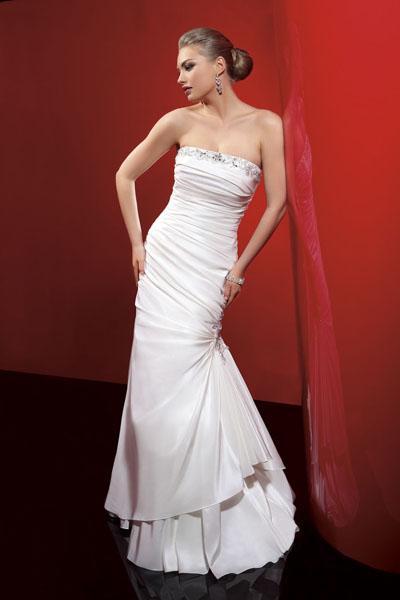 Suknie ślubne Lisa Ferrera 2011 - zdjęcie