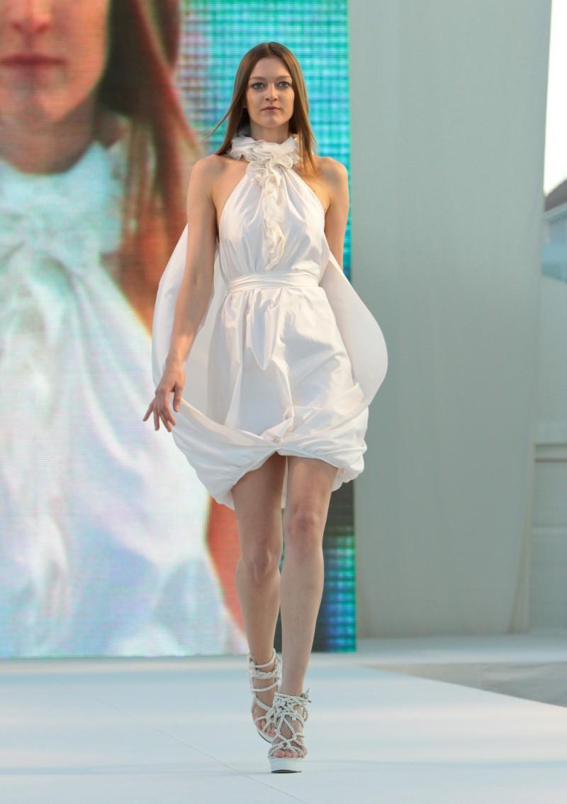 Suknie ślubne Macieja Zienia - Sopot Fashion Day 2009 - Zdjęcie 23