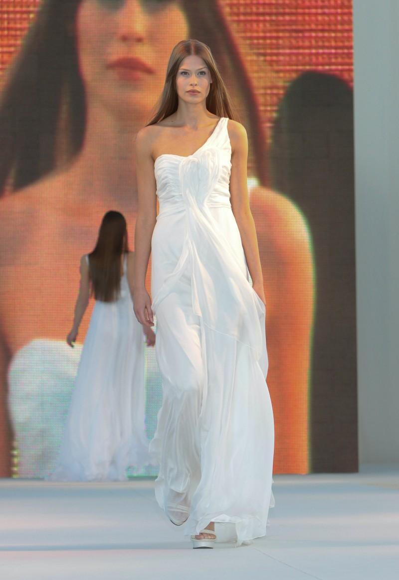 Suknie ślubne Macieja Zienia - Sopot Fashion Day 2009 - Zdjęcie 53