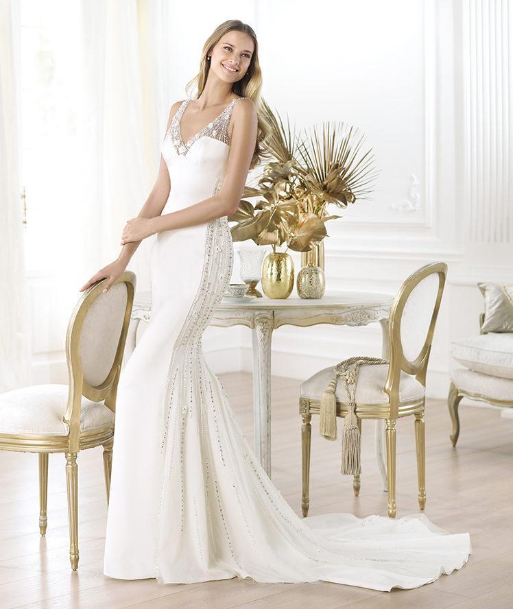 suknia ślubna Pronovias dopasowana