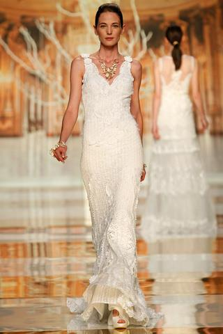 suknia ślubna Yolan Cris na ramiączkach