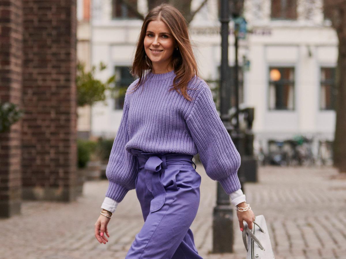 pastelowe swetry jesień 2020