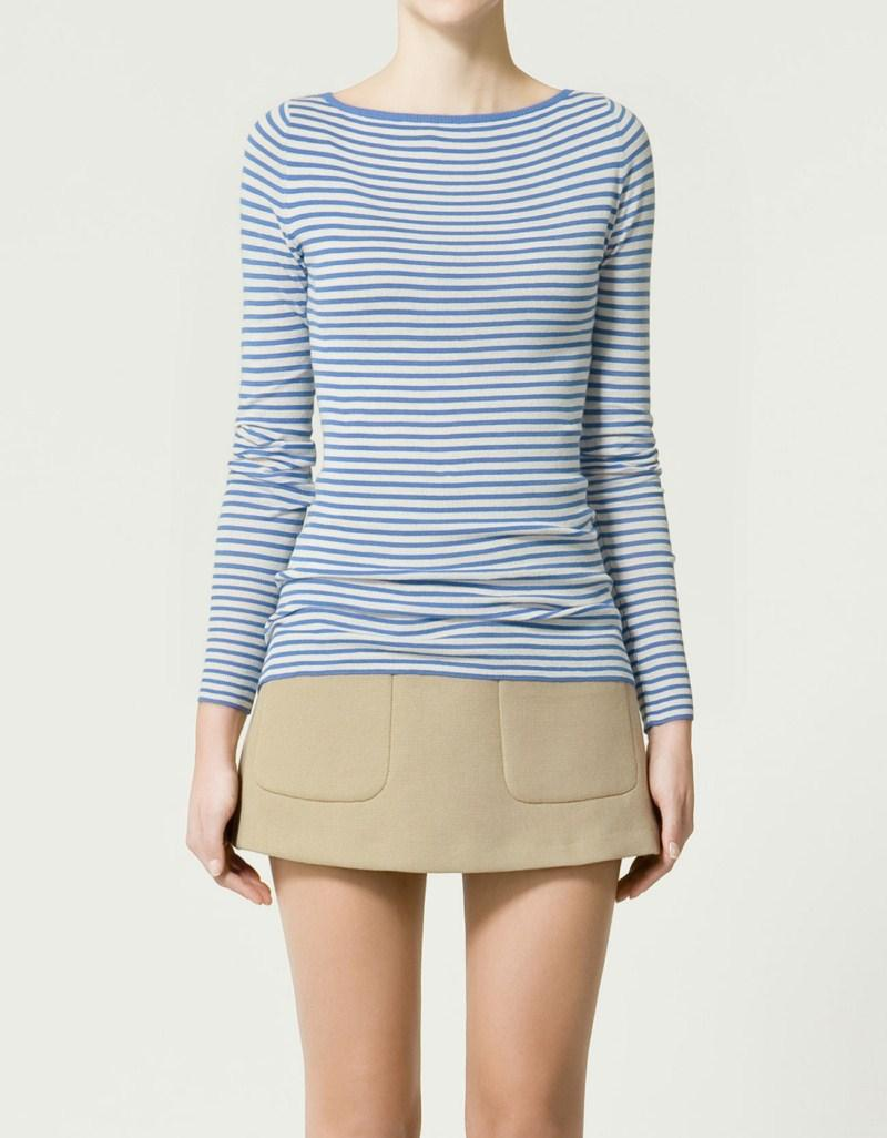niebieski sweter ZARA w paski - wiosna/lato 2011