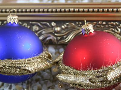 Świąteczne Santa bombki - zdjęcie