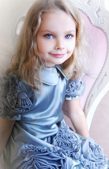 Świąteczno-sylwestrowa kolekcja Baby Holiday Ewy Minge - zdjęcie