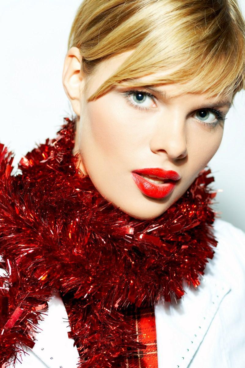 Świąteczny makijaż - Wyglądaj pięknie na Gwiazdkę