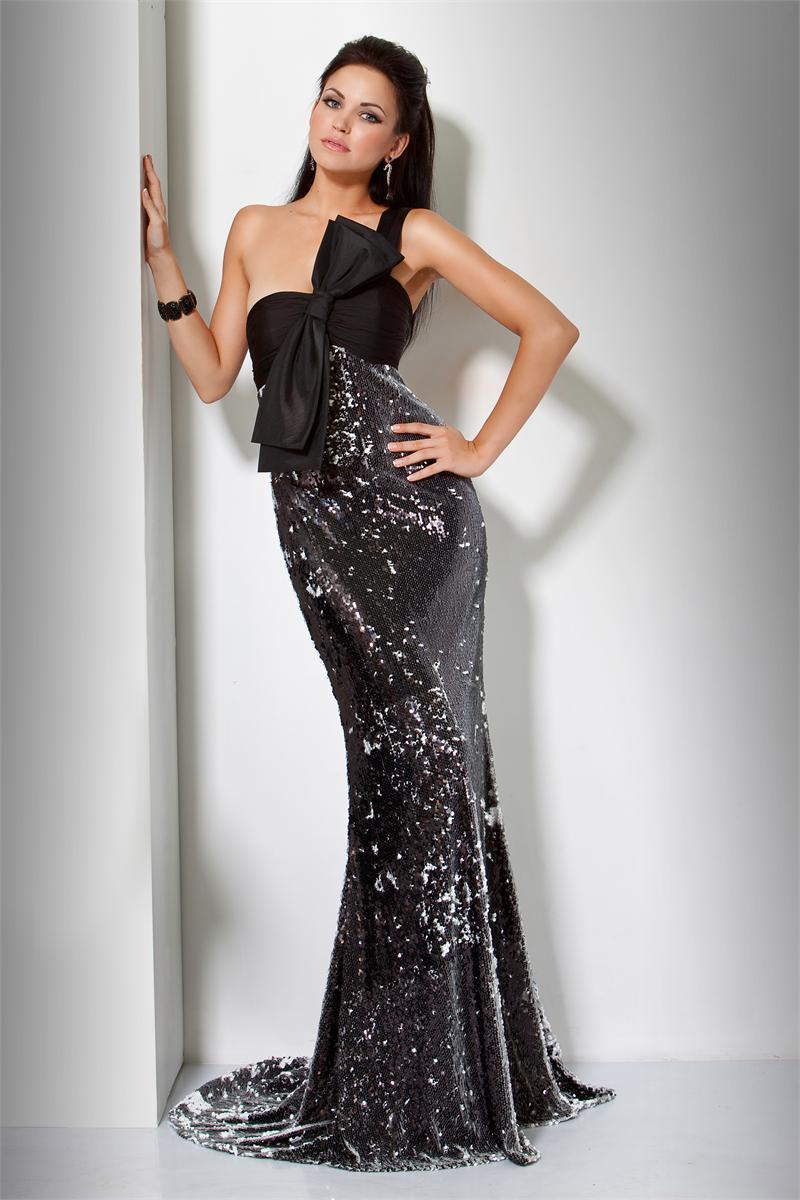 Sylwestrowo-karnawałowe suknie Evita