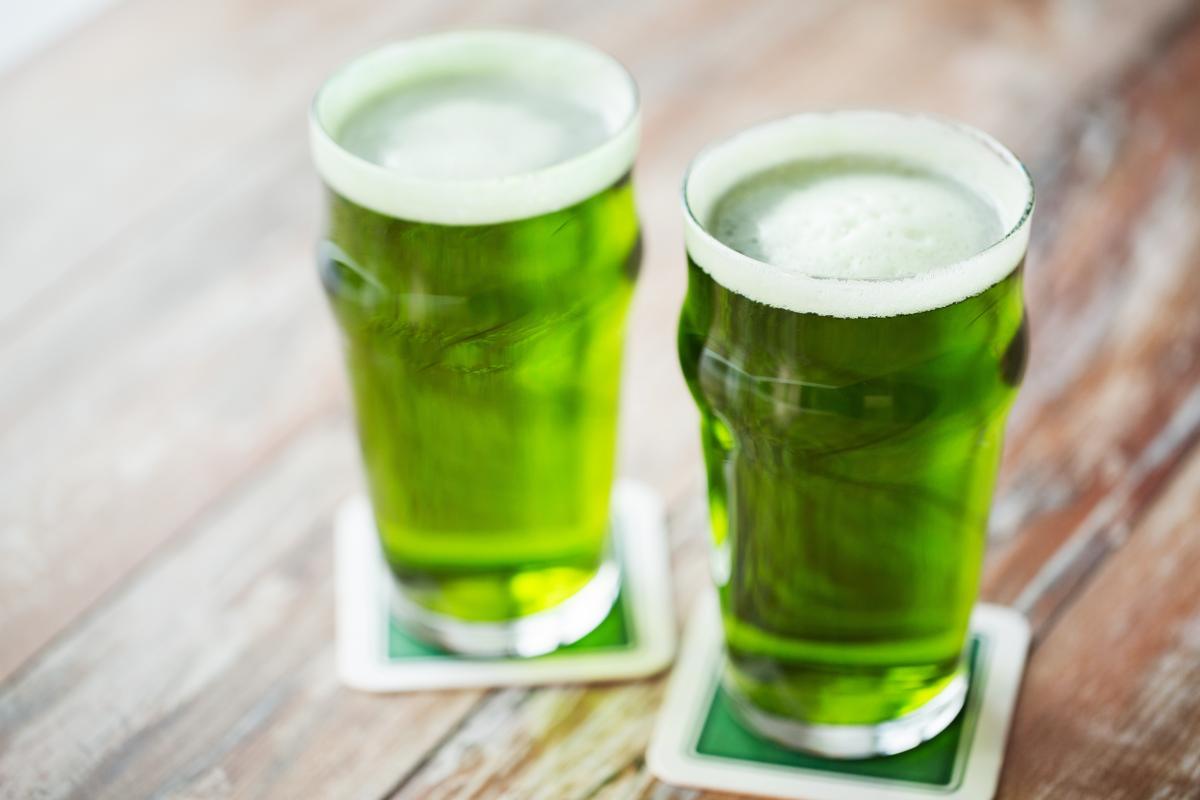 symbole dnia świętego Patryka - zielony kolor