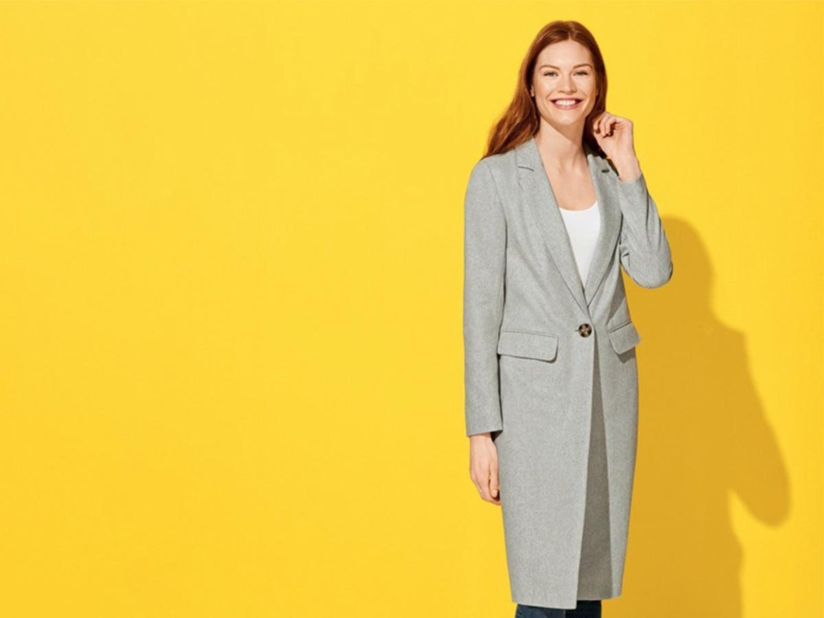 płaszcz z Lidla na modelce