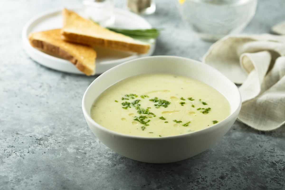 zupa szparagowa przepis