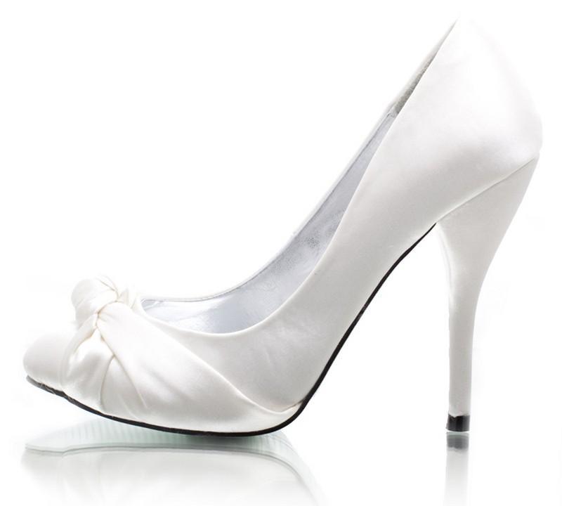 białe szpilki DeeZee - wieczorowe obuwie