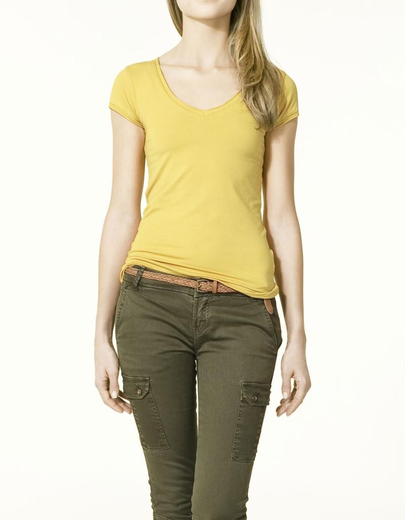 żółta koszulka ZARA - moda 2011