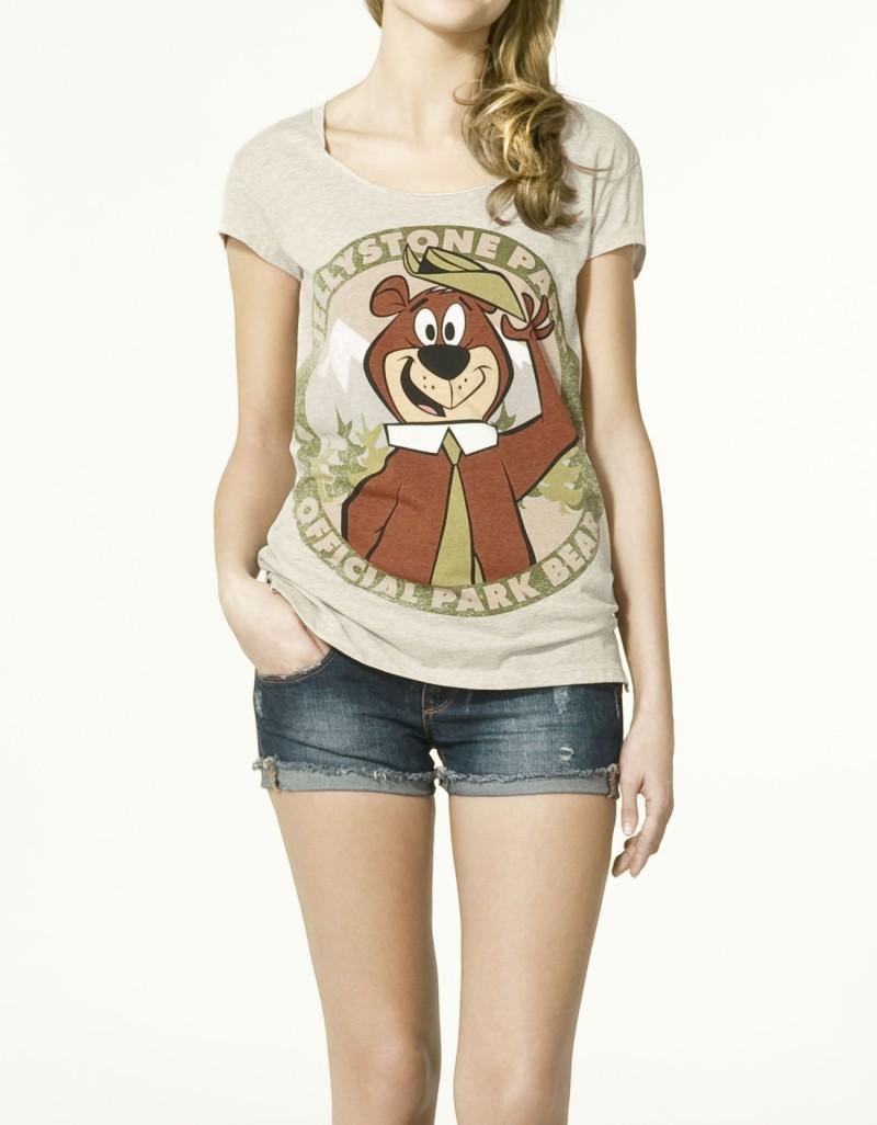 beżowy t-shirt ZARA z nadrukiem - wiosna/lato 2011