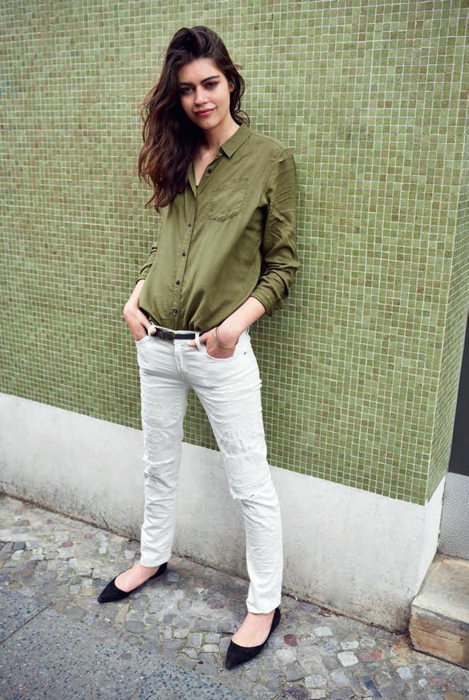 Tkaniny nowej generacji i odważne kolory w wiosennej kolekcji Lee