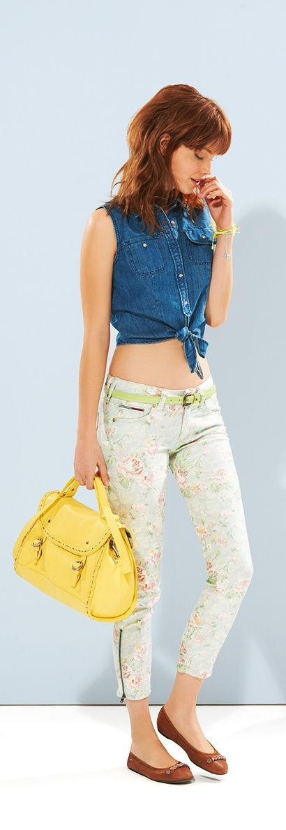 spodnie Tommy Hilfiger w kwiaty - lato 2013