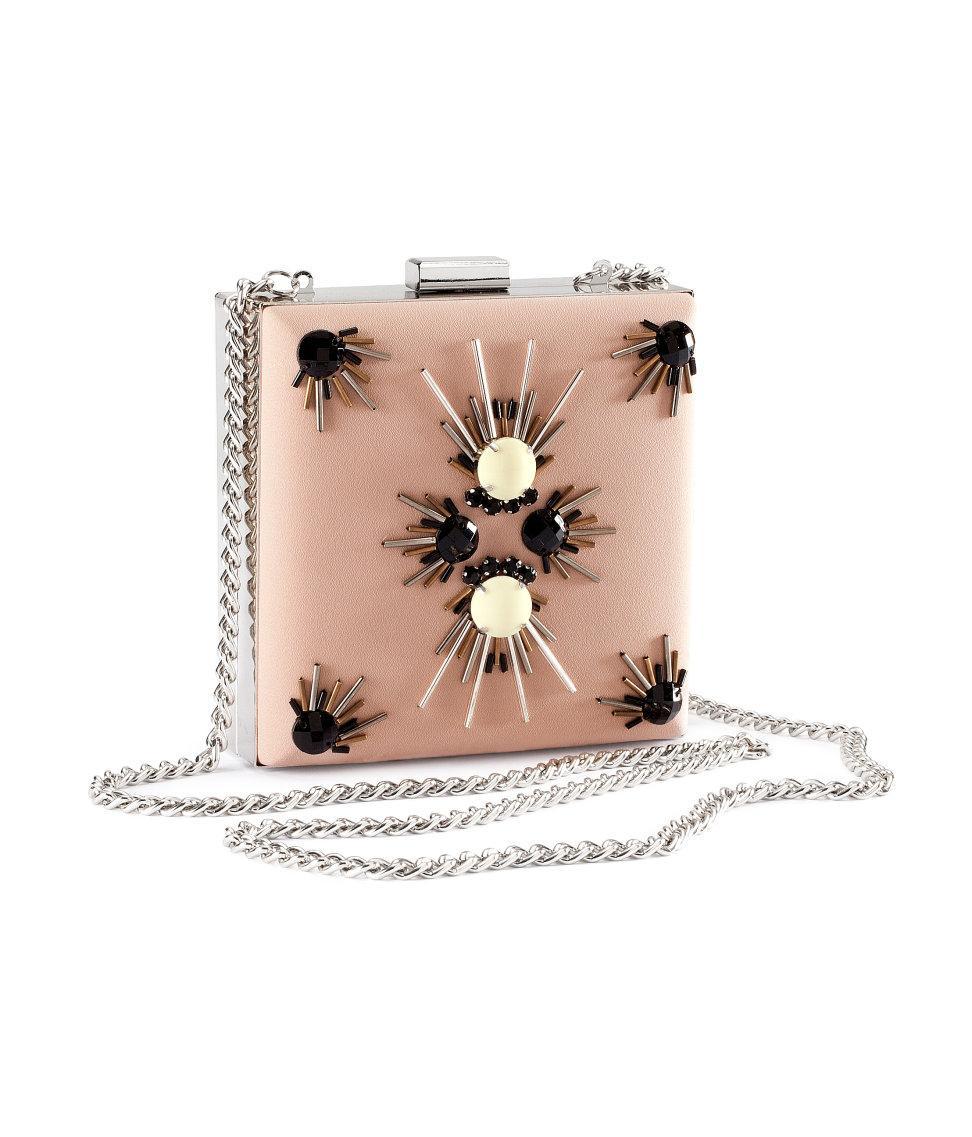 torebka H&M w kolorze jasnoróżowym z błyszczącymi elementami - kolekcja na wiosnę