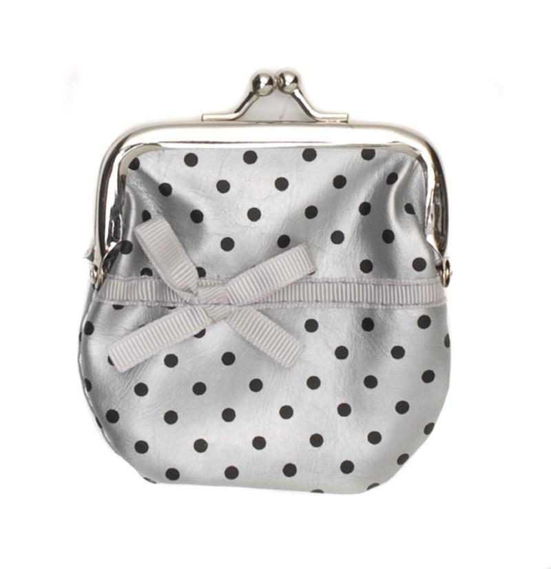 srebrna torebka Carry - z kolekcji wiosna-lato 2011