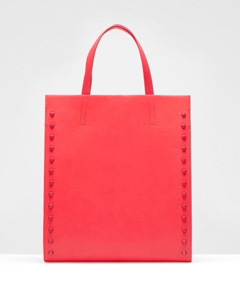 modna torebka Stradivarius w kolorze koralowym - modne torebki