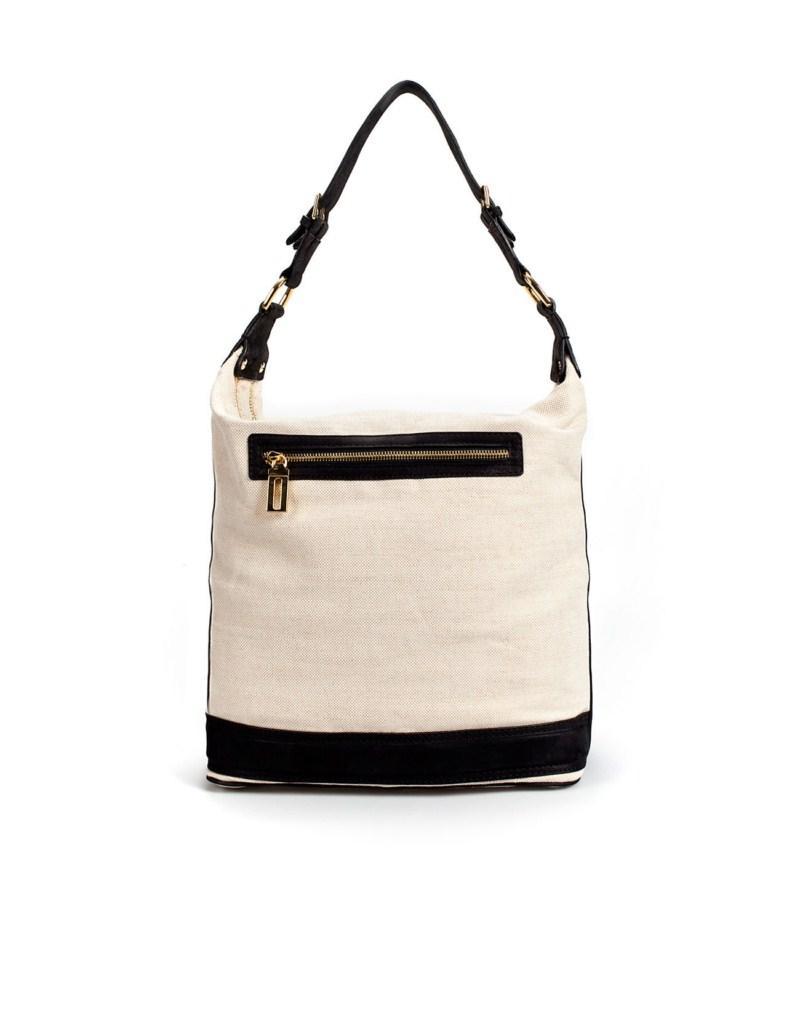 biała torebka ZARA - moda 2011