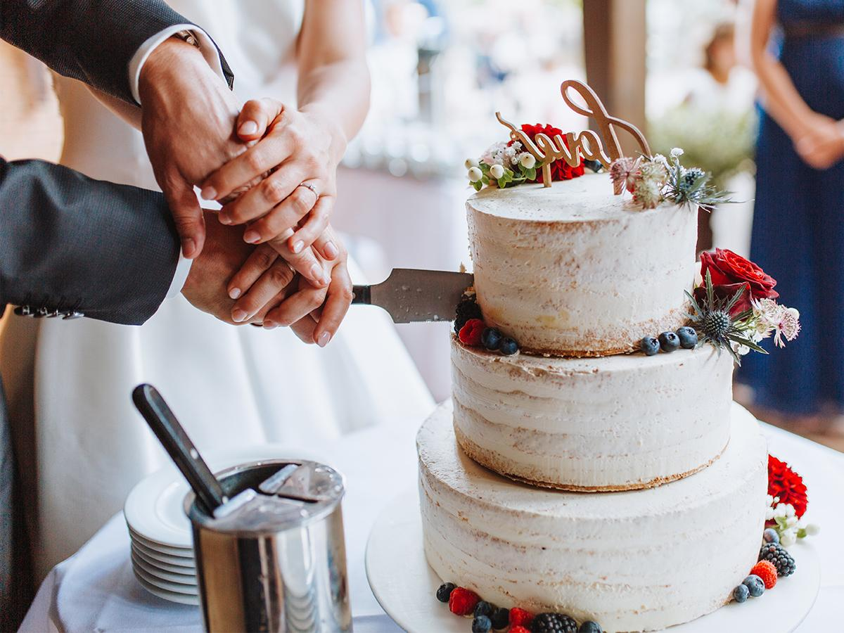 Tort ślubny rustykalny
