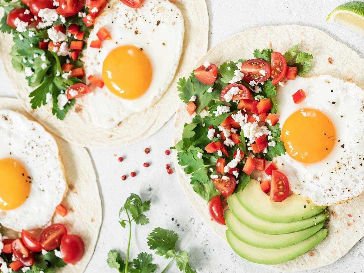przepis na jajka sadzone na obiad