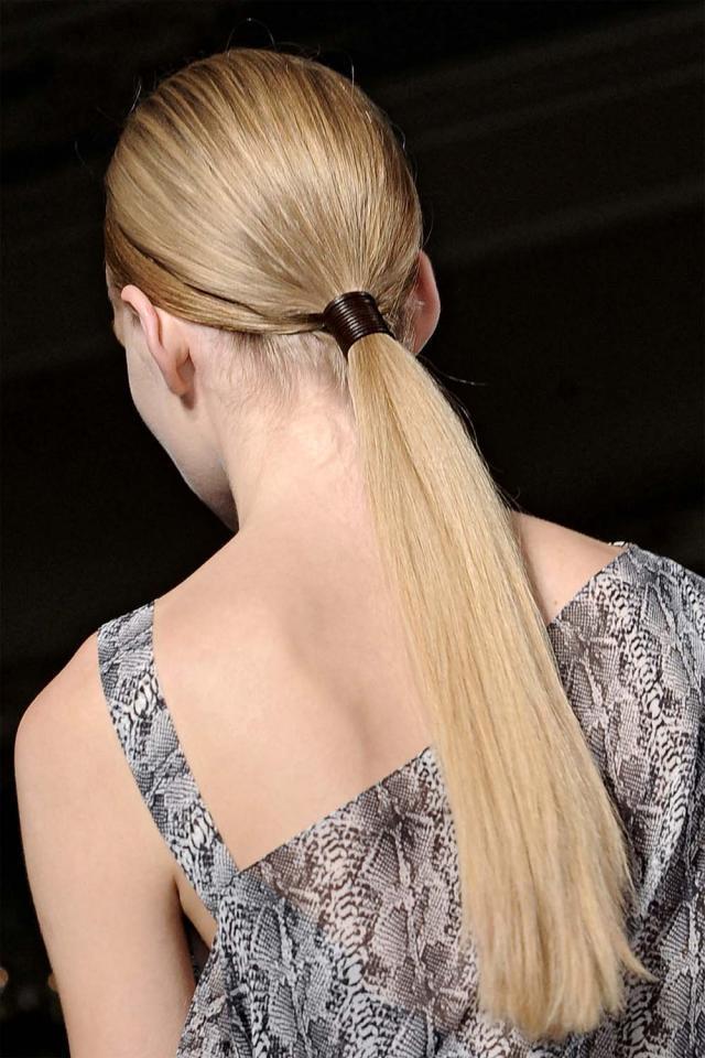 modne fryzury, fryzura na wiosnę 2012
