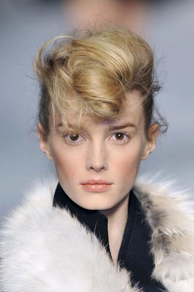 trendy, jesień 2010, fryzura, kok, upięcie