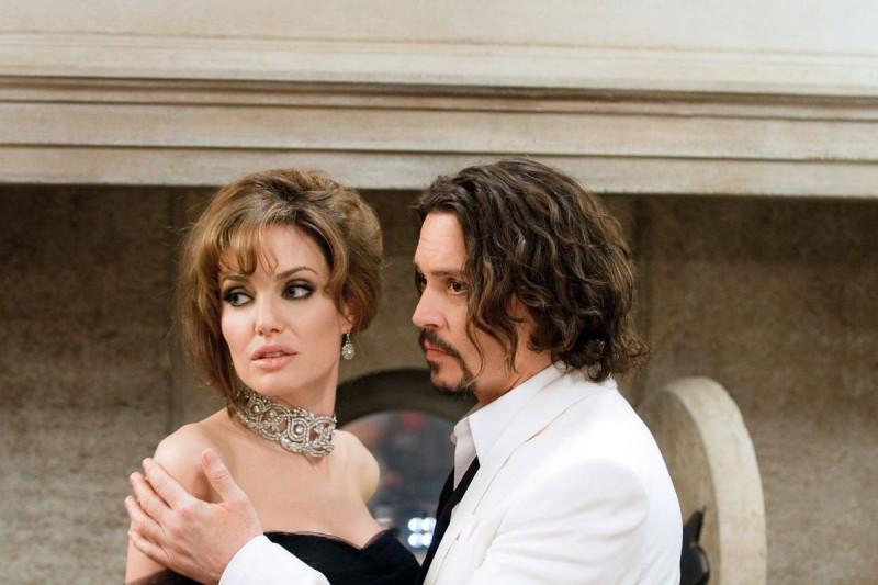 Angelina jolie turysta online dating