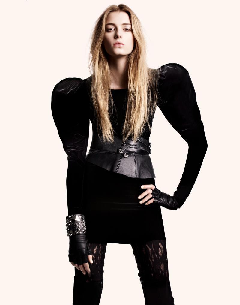 Twórcze kroje w damskiej kolekcji H&M - jesień 2009