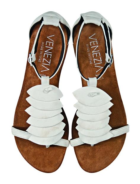 białe sandały Venezia - lato 2011