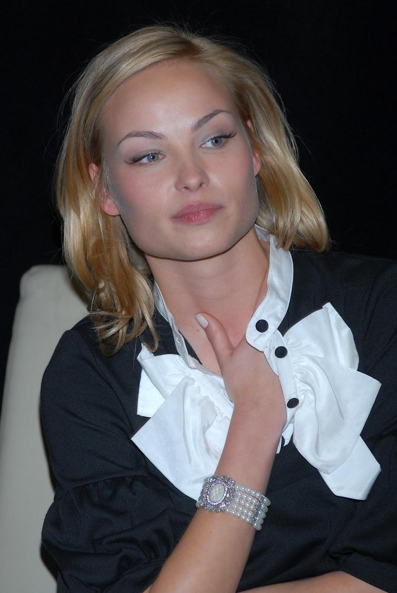 Weronika Książkiewicz - kobieta kameleon - zdjęcie
