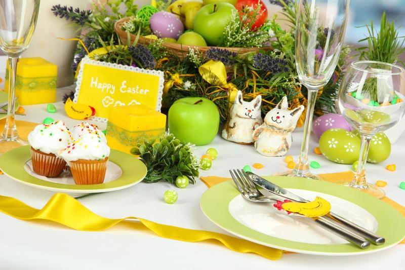 Wielkanocny stół: Zastawa stołowa Tucan, Zara Home