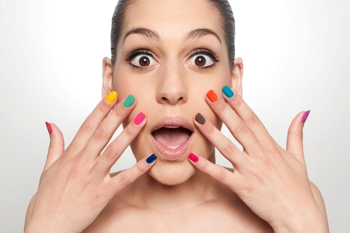 Wielokolorowe paznokcie - hit czy kit?