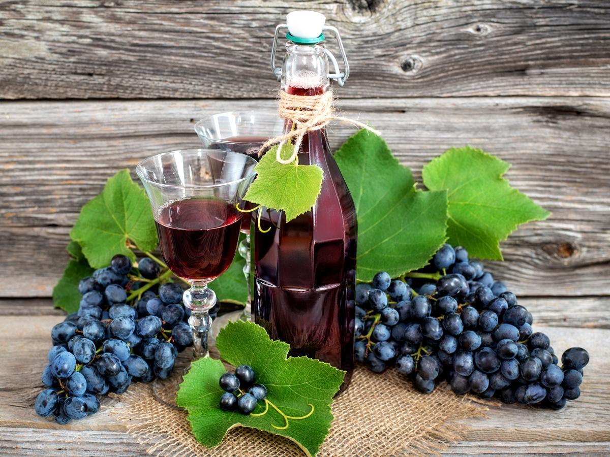 wino z winogron