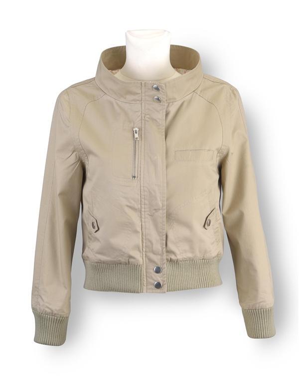 Wiosenne kurtki i płaszcze Orsay - zdjęcie