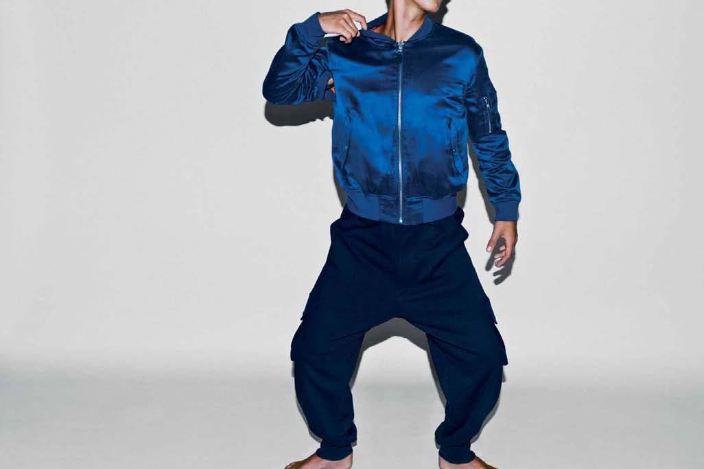 niebieska kurtka Adidas - z kolekcji wiosna-lato 2011