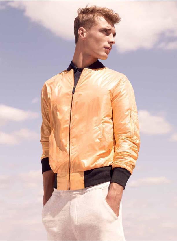 pomarańczowa kurtka Adidas - moda wiosna/lato