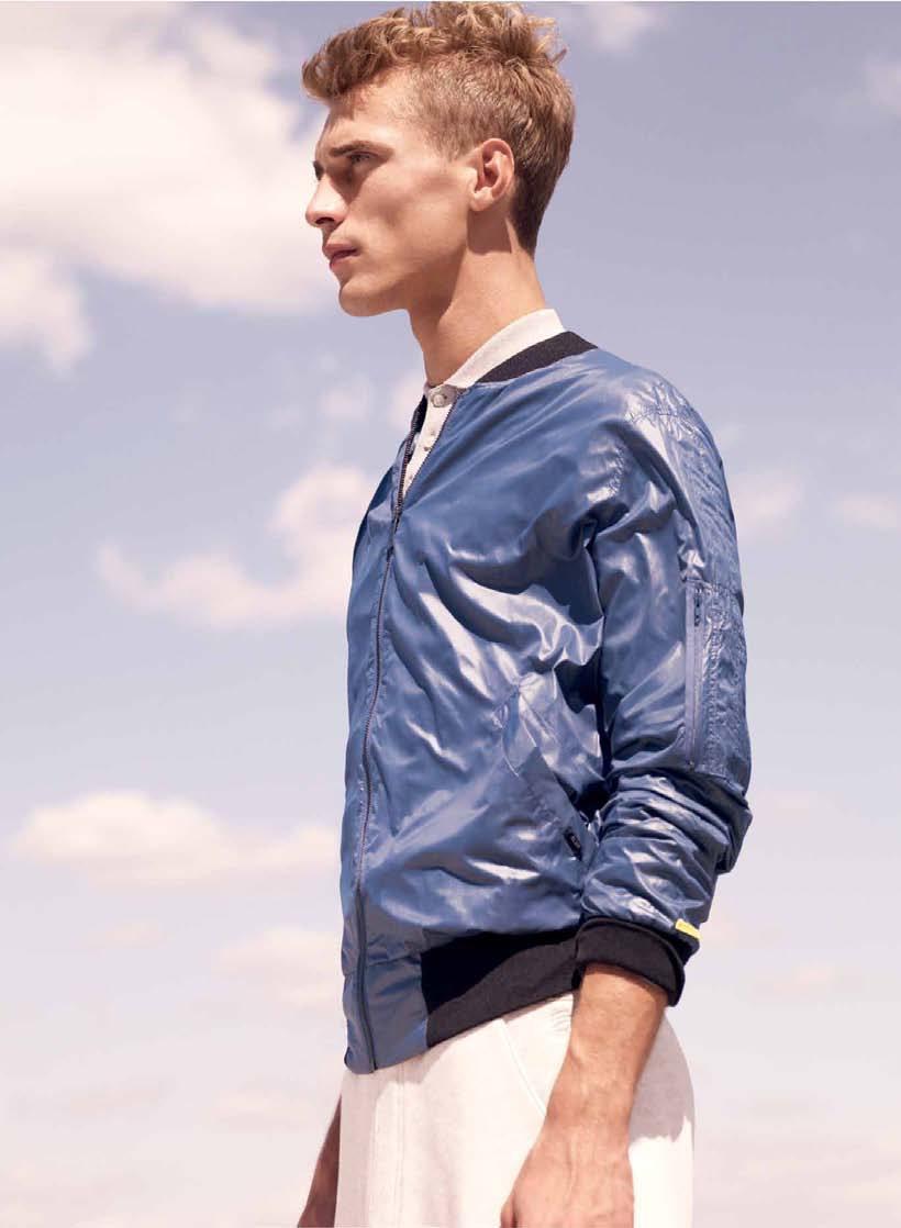 niebieska kurtka Adidas - moda wiosna/lato