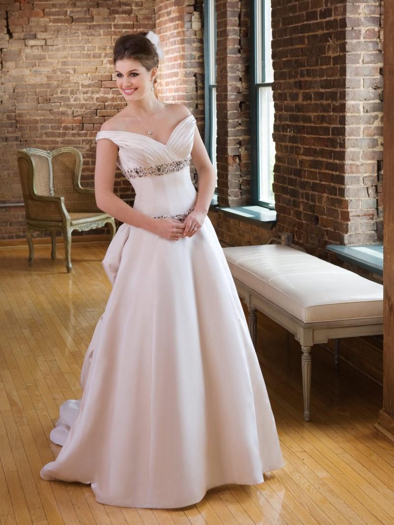 Wiosenno-letnia kolekcja sukien ślubnych 2be Bridal Isabella Chessari - zdjęcie
