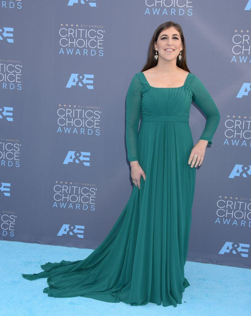 Critics Choice Awards: Mayim Bialik